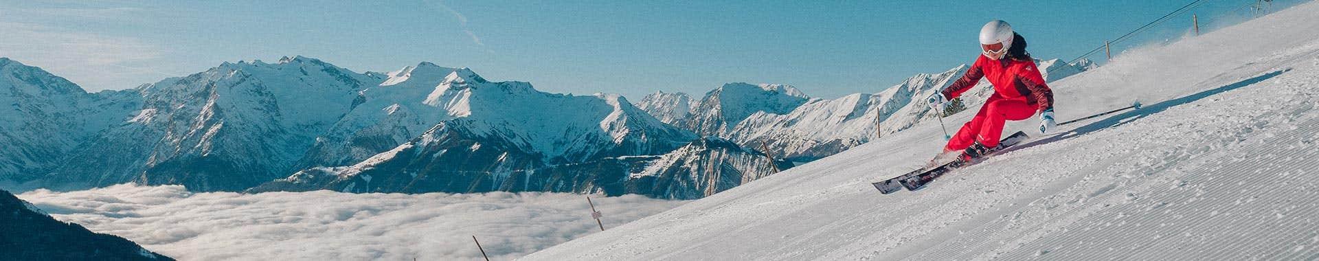 On piste ski boots