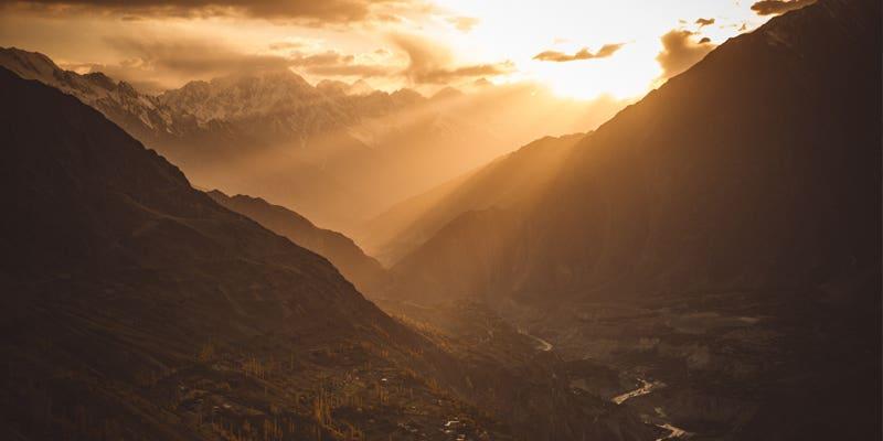 Coucher de soleil sur la vallée des Hunzas
